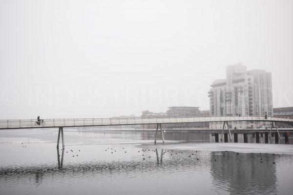 Bryggebroen med Islands Brygge på højre side